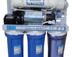 Máy lọc nước tinh khiết R.O AVANA vỏ tủ inox kính cường lực Versace