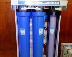 Máy lọc nước tinh khiết RO 50L/h
